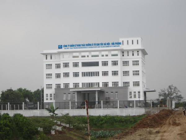 Bộ chữ mica gắn đèn led công ty khai thác đường ô tô cao tốc Hà Nội – Hải Phòng