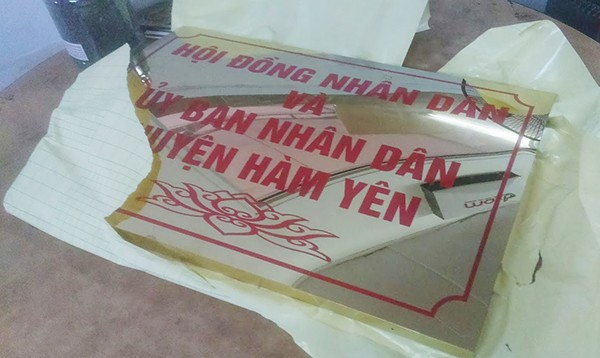 Làm biển công ty giá rẻ tại Hà Nội